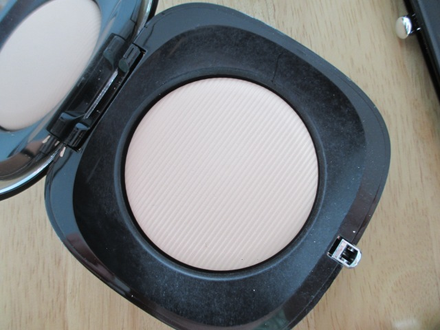 Marc Jacobs Pressed Powder